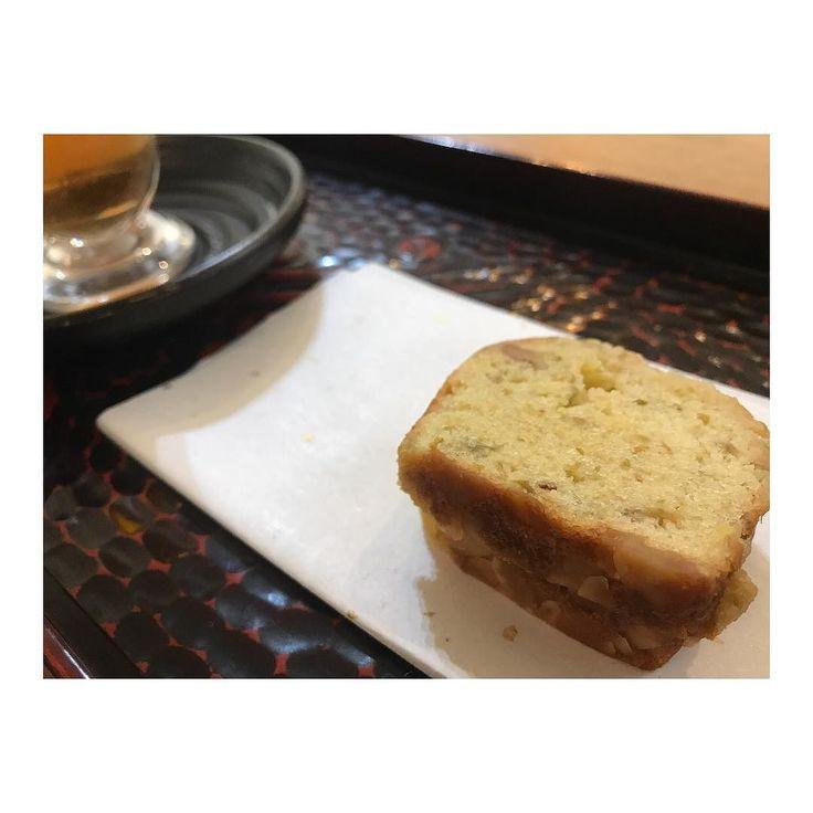 梅とクルミのパウンドケーキ 冷たいルイボスティーと  お客様にとっても喜んで頂いてます(-) #リラクスペースmano