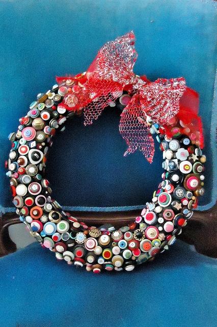 Button Wreath ~ I LOVE THIS~!~!!! ~♥~