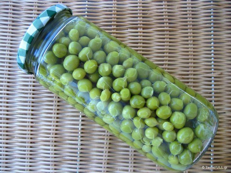 Γιατί να φτιάξουμε κονσέρβα αρακά; Γιατί έχουμε αυτονομία να δημιουργήσουμε απόθεμα φαγητού στην καλύτερή του στιγμή, σαν υλικό.