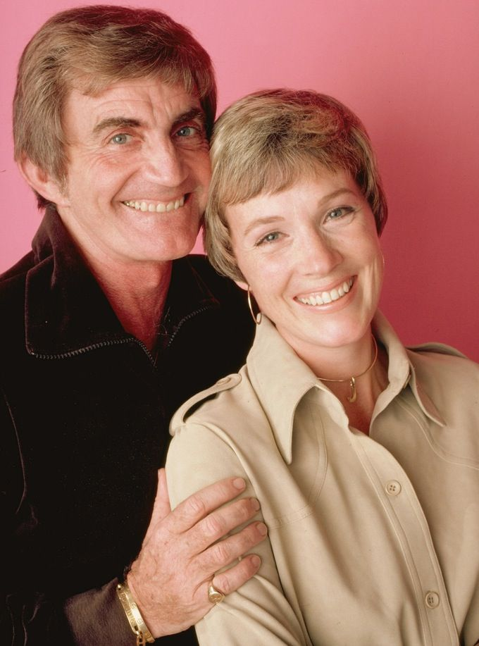"Julie Andrews Reveals She's Still ""Dealing"" with the Death of her Husband of 41 Years, Blake Edwards"