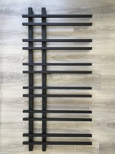 Design Badheizkörper VENTO 1200 x 550 mm. Schwarz Badheizkörper Handtuchtrockner