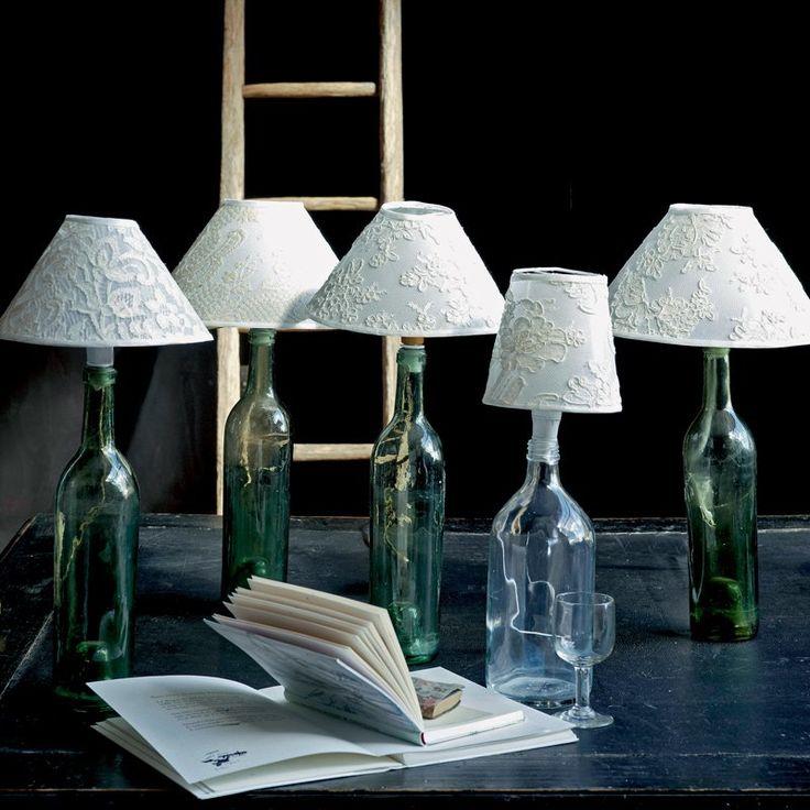 Des lampes bouteilles en dentelle
