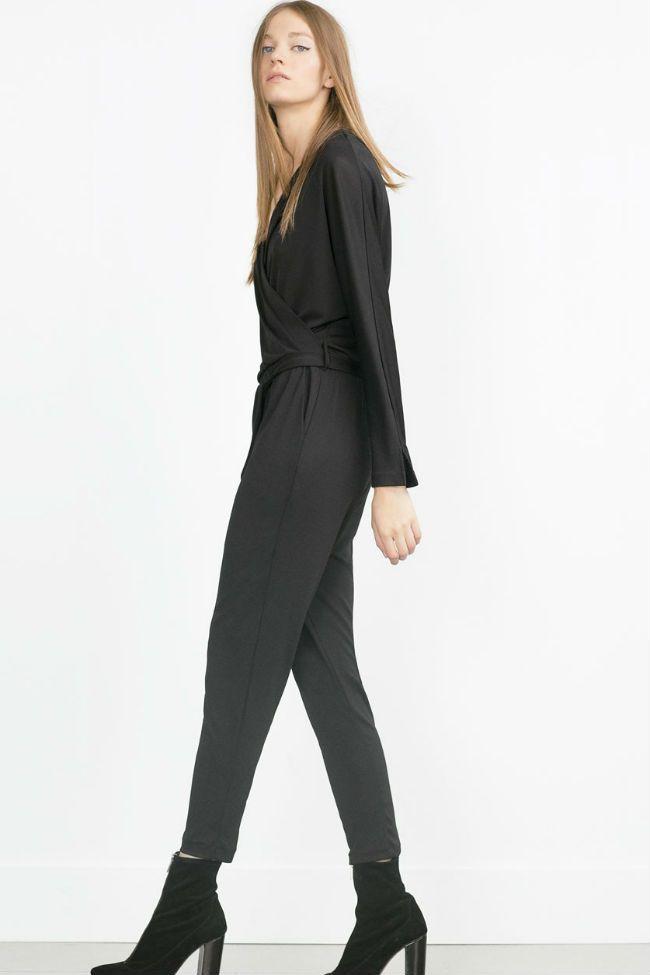 Monos largos, cortos, culotte...ZARA amplía su colección de #jumpsuits este otoño invierno 2015/16.  #Modalia | http://www.modalia.es/marcas/zara/8602-monos-coleccion-otono.html  #zara #inditex #tendencias #mono
