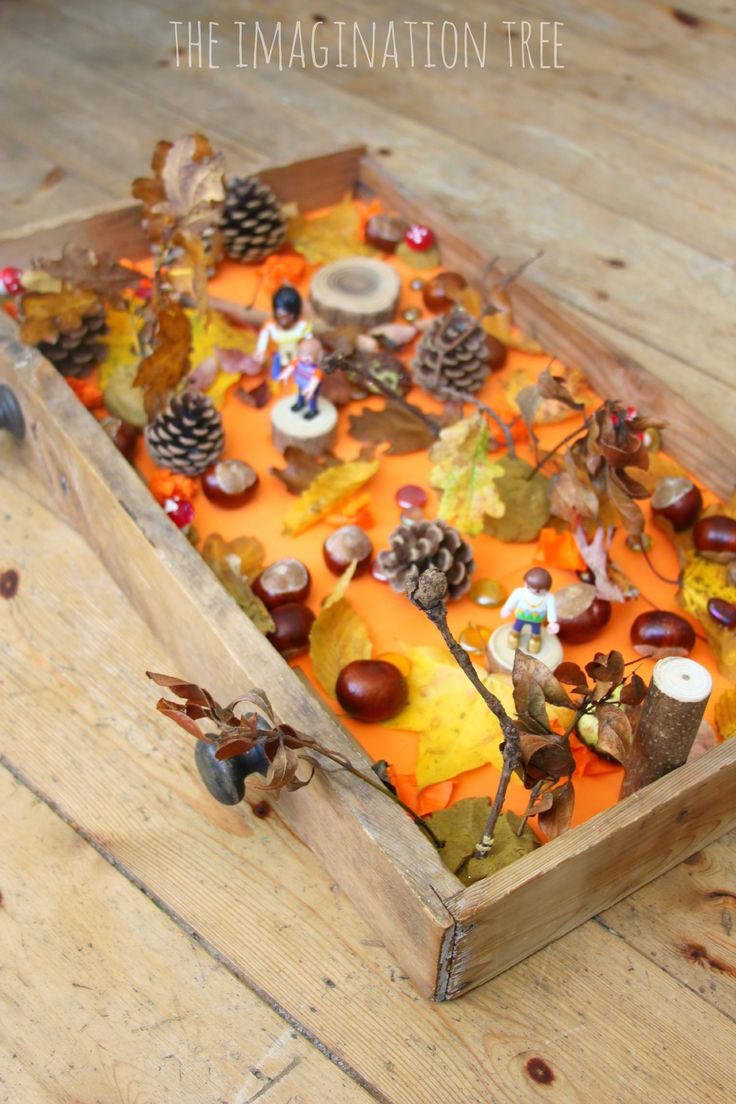 Create an Autumn woods sensory small world play in a drawer for hours of fall themed imaginative play and learning for kids! Great for storytelling too.