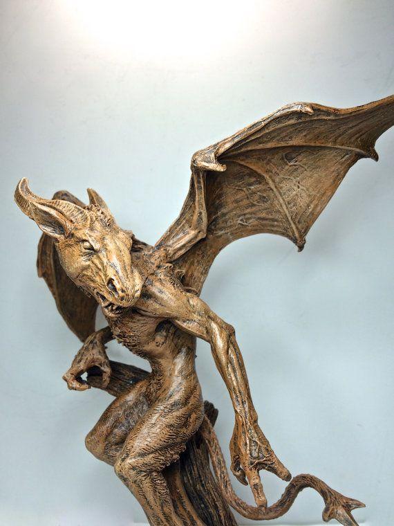 Der Jersey Devil Statue von Dellamorteco auf Etsy