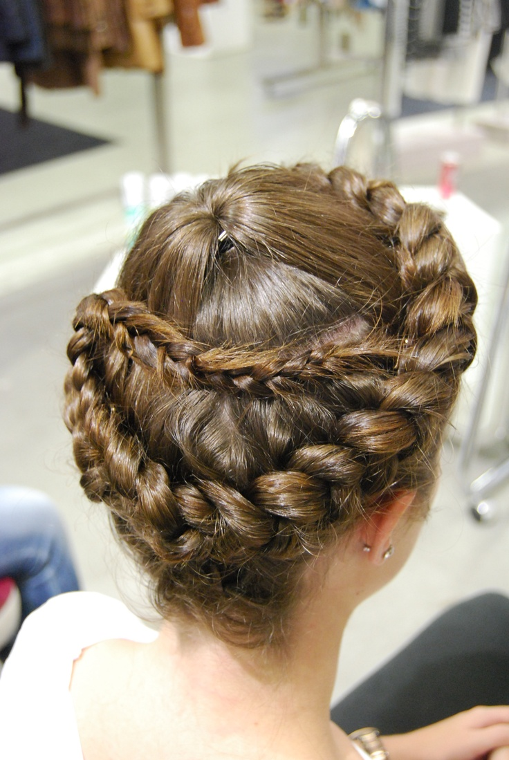 Braid - Hairstyling