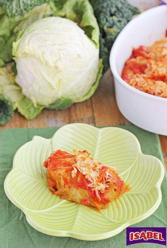 Rollos de col rellenos de Filete de Atún con verduritas en salsa, una forma sorprendente de dar a los nuestros pescado y verduras y que se lo coman sin pro