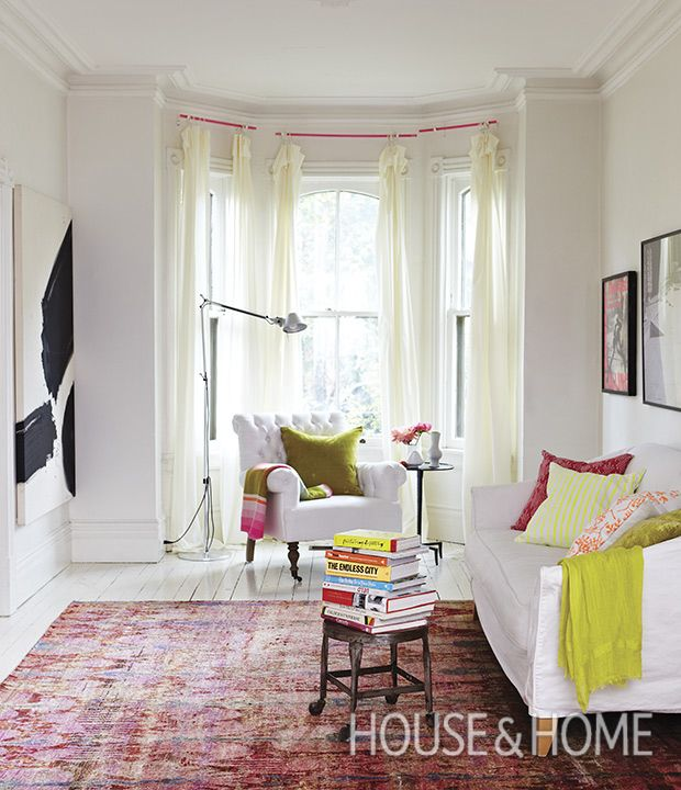 Decorating Dilemma Laurie S Living Room: Solve Your Decorating Dilemmas With Love It Or List It