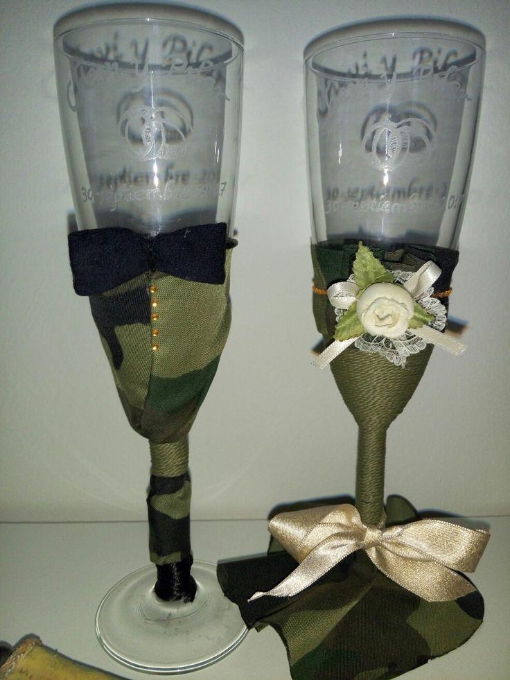 Copas de boda militar. Personalizadas y grabadas. Estilo Militar. Military wedding
