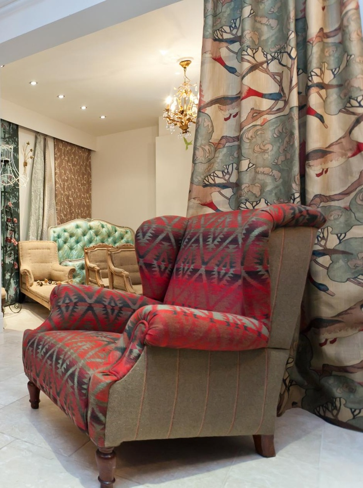 Our Mendoza fabric on this beautiful settee!