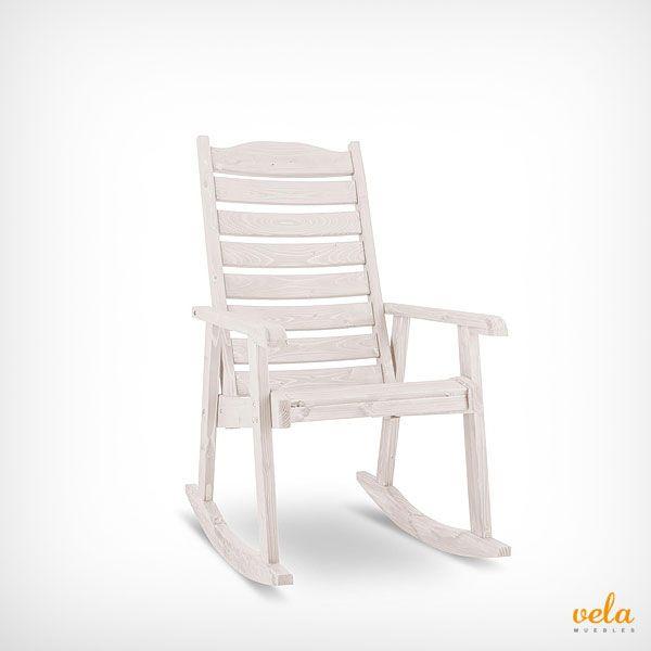 Bonita mecedora blanca de madera para decorar y ambientar tu terraza o jardín. Echa un vistazo ahora