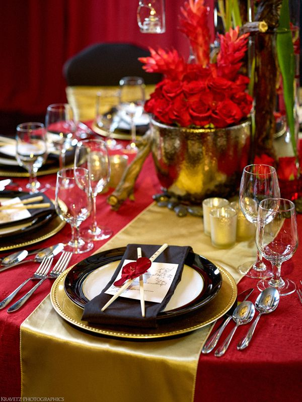 Red and Black Oriental Styled Wedding by Unico Decor #unicodecor #weddings #oriental #asain #beautiful