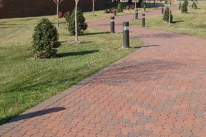 """Interlock Décor Composition & Manufacture: Holland-Stone™ is manufactured from a """"no slump"""" concrete mix. Utilizing extreme pressure and high frequency vibrations, Holland-Stone™ has a compressive strength greater than 8,000 psi, a water absorption maximum of 5% and will meet or exceed ASTM C-936 82 and freeze-thaw testing per section 8 of ASTM C-67-73."""