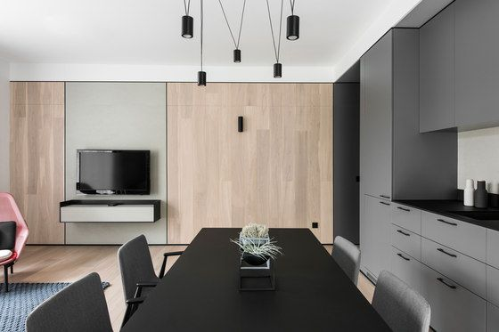 The request of our client was to create a cozy home with a feeling of spaciousness. We have proposed reservedly decorative approach where the dominant..