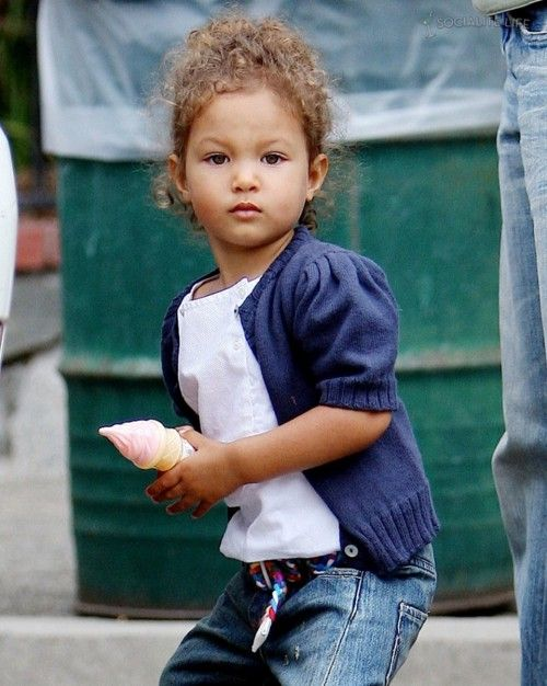 Halle Berry's Daughter...beautiful