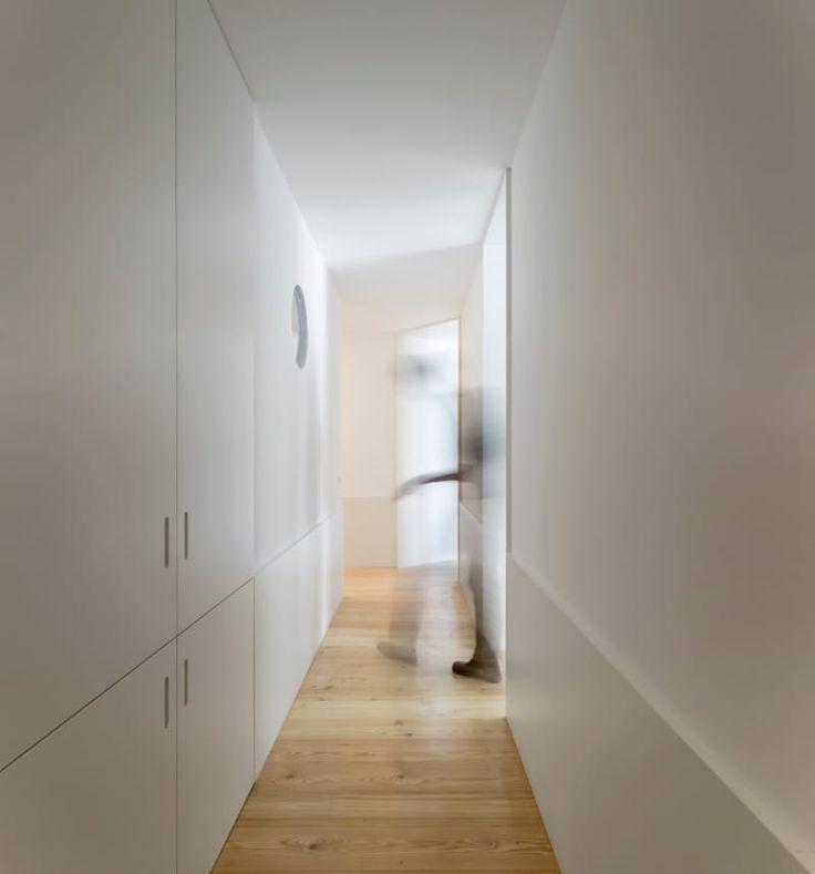 pedro domingos arquitectos, Fernando Guerra / FG+SG · Guesthouse in Lisbon