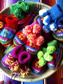 ♥ Fairtrade kids booties knitted in Peru by highland Indians, Aymaras ♥