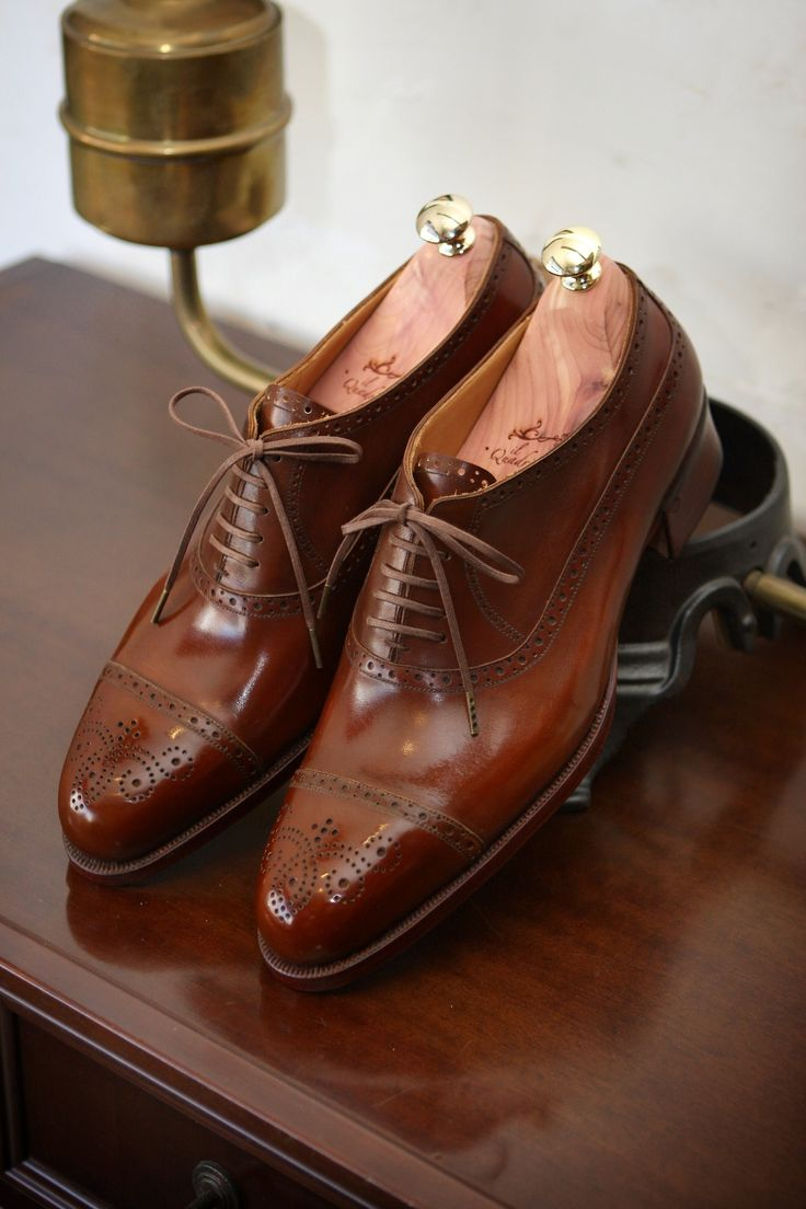 il Quadrifoglio Bespoke Barmoal Shoes  Official Site:http://ilquadrifoglio-kobe.com/  Calzature Su Misura, prodotto di KOBE fatto a mano