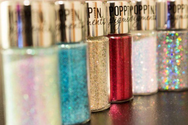 Hard Candy Poppin Pigments Pure Glitter in Silver Dollar, Deep Blue Sea, Lock & Key Review, Swatches