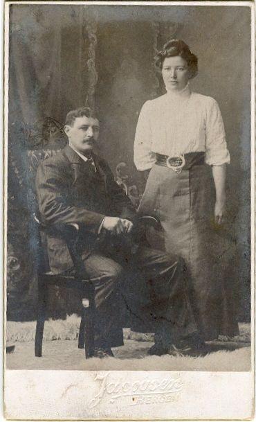 My gg mother and gg father. Oldemor Kaspara og oldefar Jonas #genealogy #slekt