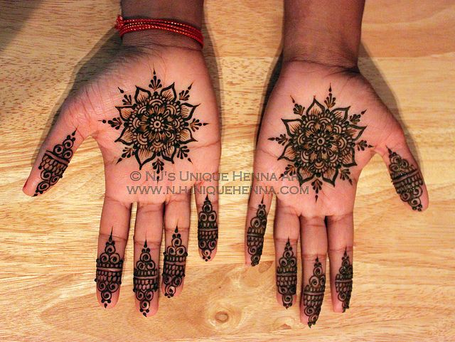 Priya's simple bridal henna 2012 © NJ's Unique Henna Art | Flickr - Photo Sharing! Bridal henna mehndi. NJ's Unique Henna Art © All rights reserved. Henna by Nadra Jiffry. Based in Toronto, Canada. Specializing in Bridal henna and henna crafts. This is my work and my photos only.  www.nj-uniquehenna.com