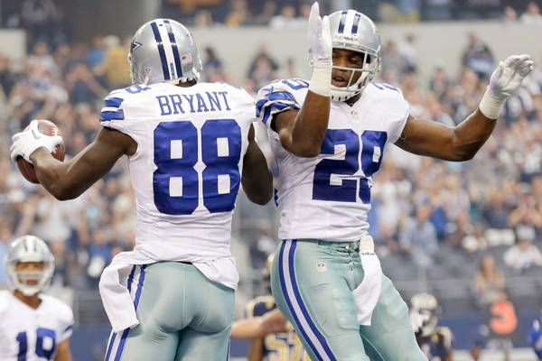 Dallas Cowboys Stars DeMarco Murray & Dez Bryant Hit Free Agency - http://movietvtechgeeks.com/dallas-cowboys-stars-demarco-murray-dez-bryant-hit-free-agency/-With the 2014 NFL season coming to an end, the Dallas Cowboys have two major offensive problems they need to deal with: both wide receiver Dez Bryant and running back DeMarco Murray are going to be hitting the free agency market this coming offseason.