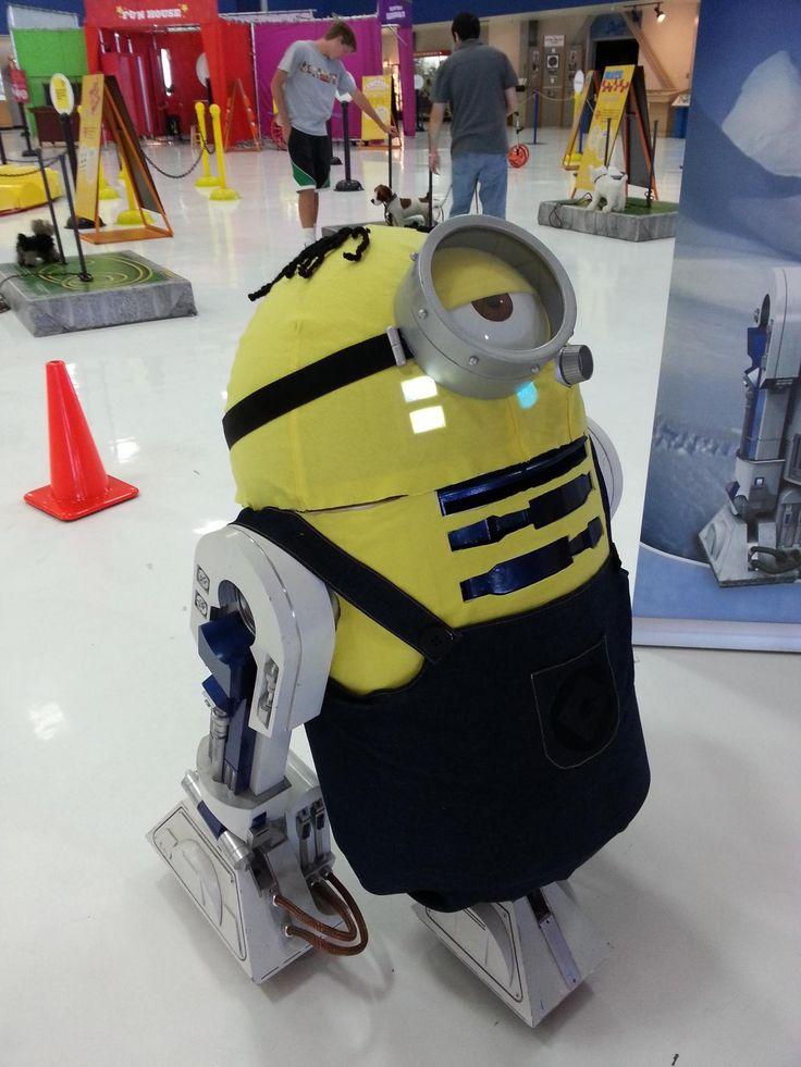 Minion R2-D2