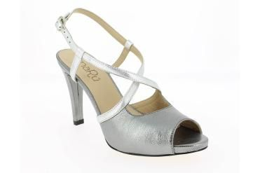 ¡Zapatos de la marca AMARU en Zapaterías el valle!  Te ofrecemos nuestros  Zapatos  AMARU, zapatos comodos. Zapaterías El Valle .Fabricados en piel y  Hecho en España. Venta en San Sebastián de los Reyes, Alcobendas, Tres Cantos y http://www.zapateriaselvalle.com/  ENVIO GRATIS