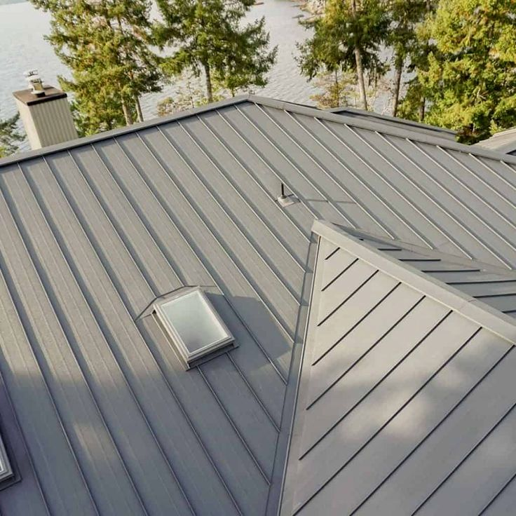 Interlock Standing Seam Metal Roof Panels Are A Fully Interlocking System Its Unique Mechanical Lock Design Standing Seam Metal Roof Standing Seam Roof Design
