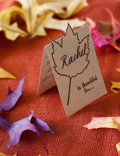 Have guests write what they're grateful for in these festive fall printable place cards!