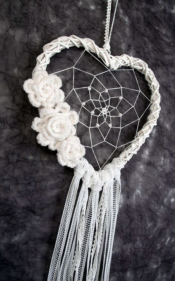 DIY Beautiful and Unique Dream Catcher Ideas (3)