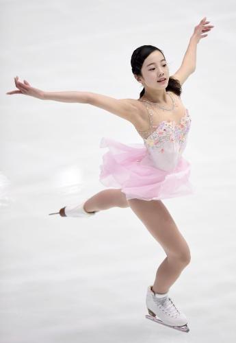 ジュニアの女子SPで2位の本田 Photo By 共同 2016年10月29日G20161029013621730_view.jpg (345×500)