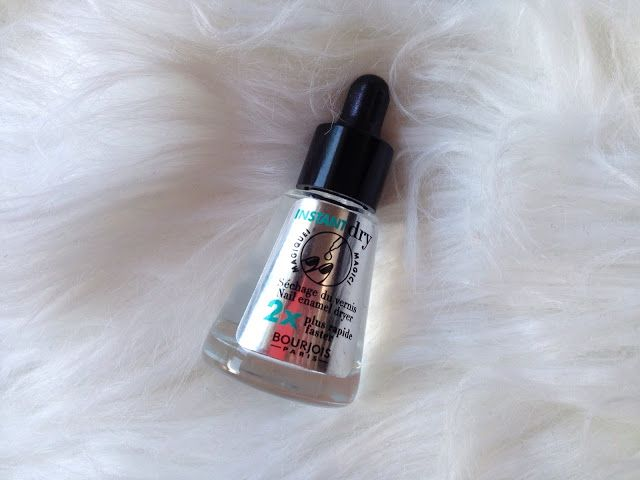 Glitter and Carousels: Bourjois Instant Dry Nail Drops