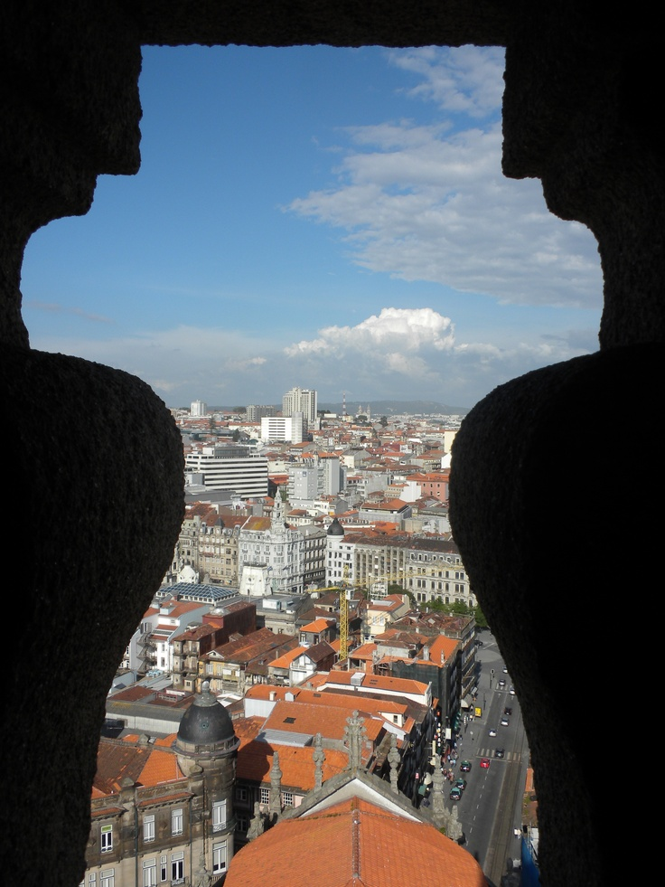 A picture captured from the view of a castle in Porto, Portugal. (Taylor Nieman '13)