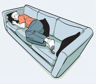 """Zdřímnutí během dne může být vynikající! Nicméně někdy po probuzení se můžete cítit oslabenínebo ještě více unavení, než před spánkem. Proč k tomu dochází? Doktor Michael Breus k tomu dodává: """"Pokud si pospíte více než 30 minut, dostáváte se do hlubokého spánku. Pokud se po probuzení cítíte hůř než předtím, nastalo to, že během delšího …"""