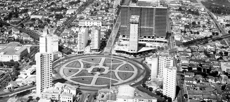 #EMemória - Vista aérea da Praça Raul Soares em 1968. Foto: Arquivo/EM