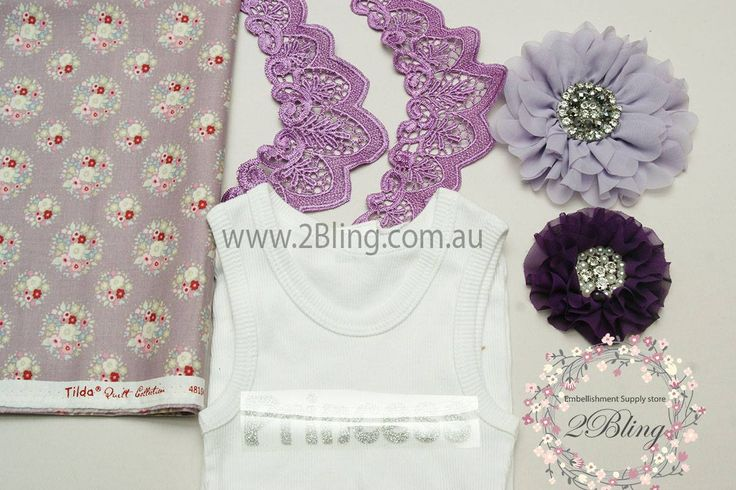 Lace collar trim, venice collar trim, chiffon fabric flower lace trim, ruffle collar applique. Flutter sleeve supplier wholesale in Australia. Chiffon fabric flower, Tilda patchwork fabric, DIY glitter iron on applique, blank baby singlet.