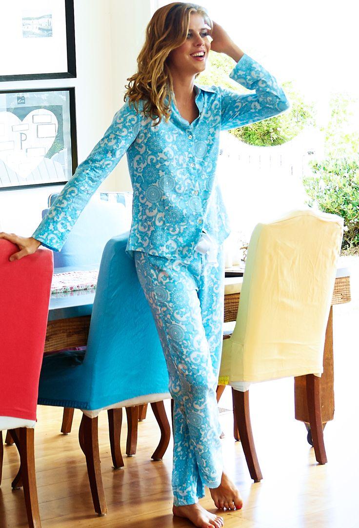 Lilies Pyjama Set —