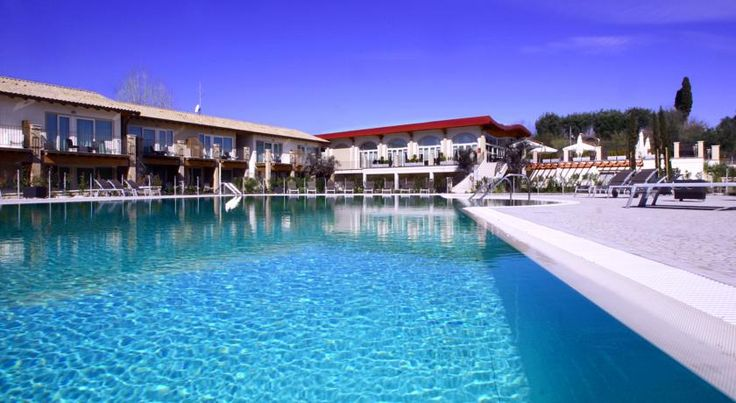 Falkensteiner Apartments Lake Garda Moniga Falkensteiner Apartments Lake Garda  offers an outdoor swimming pool, a children's pool and a 4-hole putting green. Only 1.5 kilometres from Moniga and the lakeside beaches,  it offers free parking and a free internet point in the lobby.