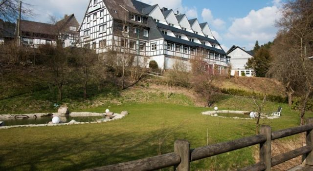 Hubertushöhe - 3 Sterne #Hotel - EUR 44 - #Hotels #Deutschland #Schmallenberg #Latrop http://www.justigo.com.de/hotels/germany/schmallenberg/latrop/hubertushohe_217323.html