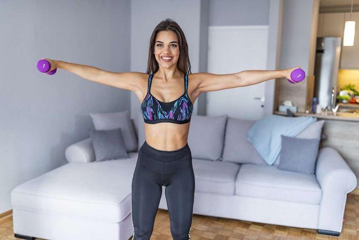 5 ejercicios para tonificar tríceps - Adelgazar en casa Sporty, Style, Fashion, Home, Isometric Exercises, Low Impact Exercise, Toned Arms, Swag, Moda