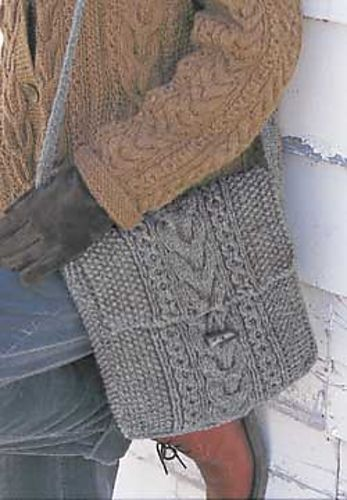 Ravelry: Seed Stitch and Cables Bag pattern by Patons #knit #free_pattern