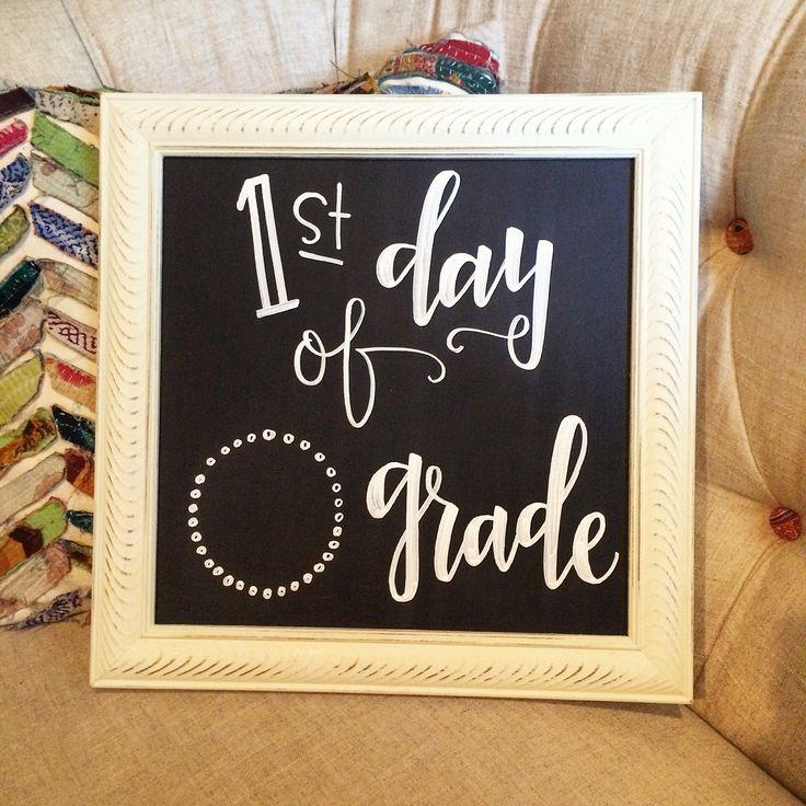 by @jubileeknoxchalks on Instagram  First day of school chalkboard! So cute!