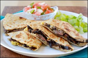Hungry Girl recipe for guilt-free steak quesadilla. Pin NOW!