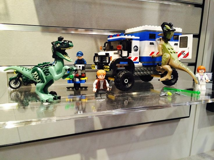 274 best jurassic park images on pinterest jurassic park world heres your peek into 200 toys that will hit store shelves later this year lego jurassic worldjurassic gumiabroncs Gallery