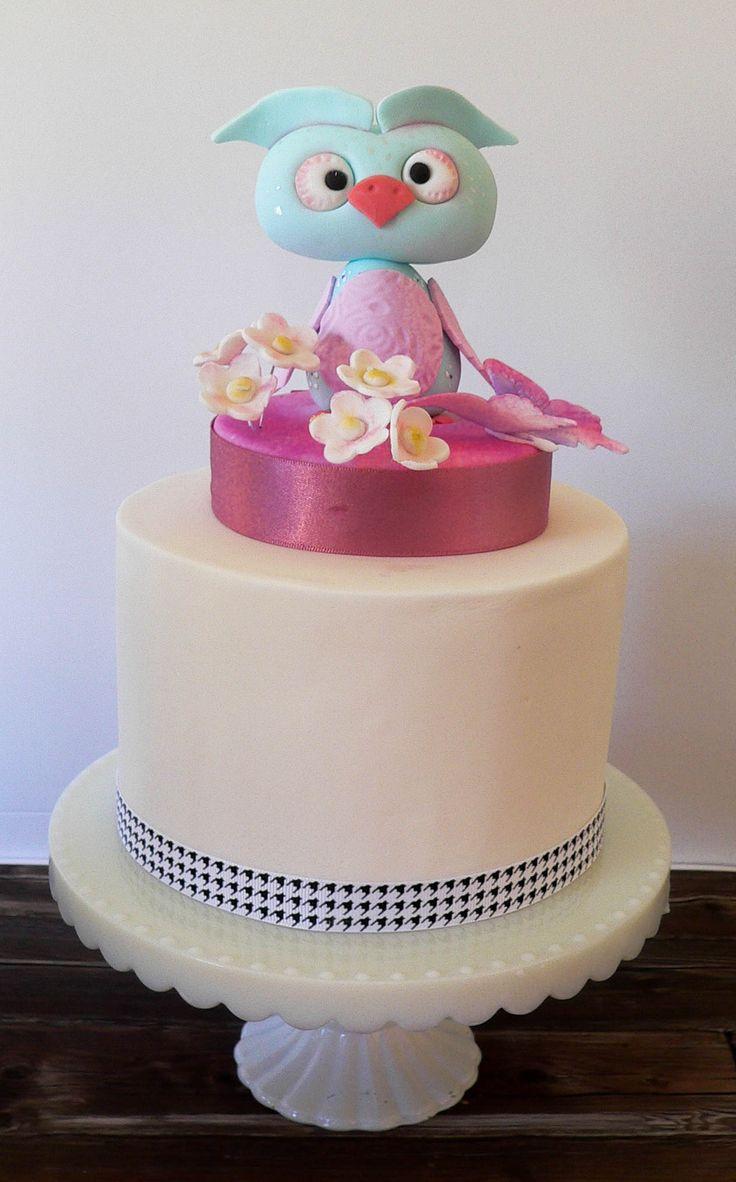 Owl Cake by Cake Corner Hobart