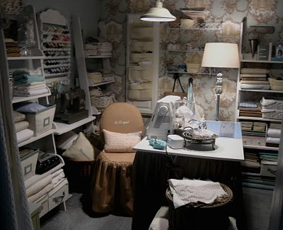 151 best Sewing and Quilting Spaces images on Pinterest | Sewing ...