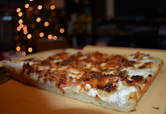 Tradicionális kenyérlángos gazdagon
