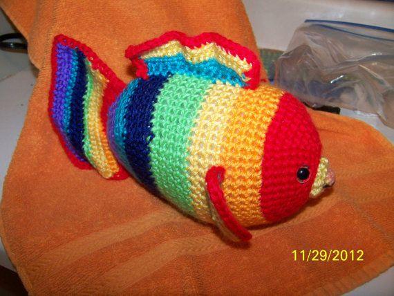 17 migliori idee su il pesce arcobaleno su pinterest for Disegni pesciolino arcobaleno