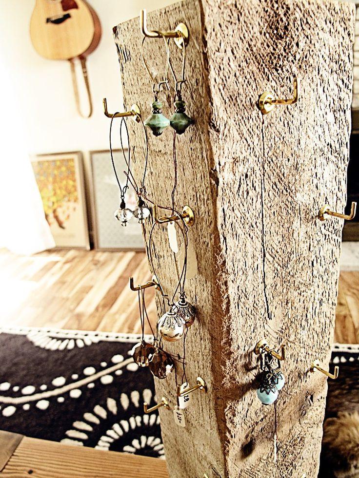 DIY Rotating Jewelry Display